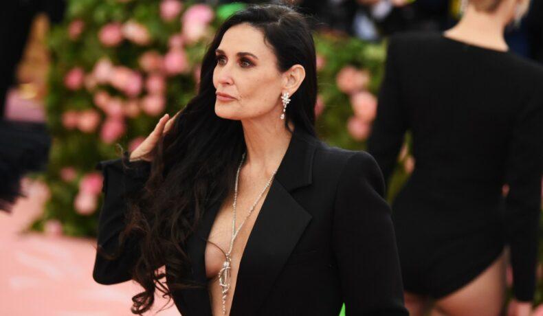 Demi Moore la evenimentul Met Gala din anul 2019