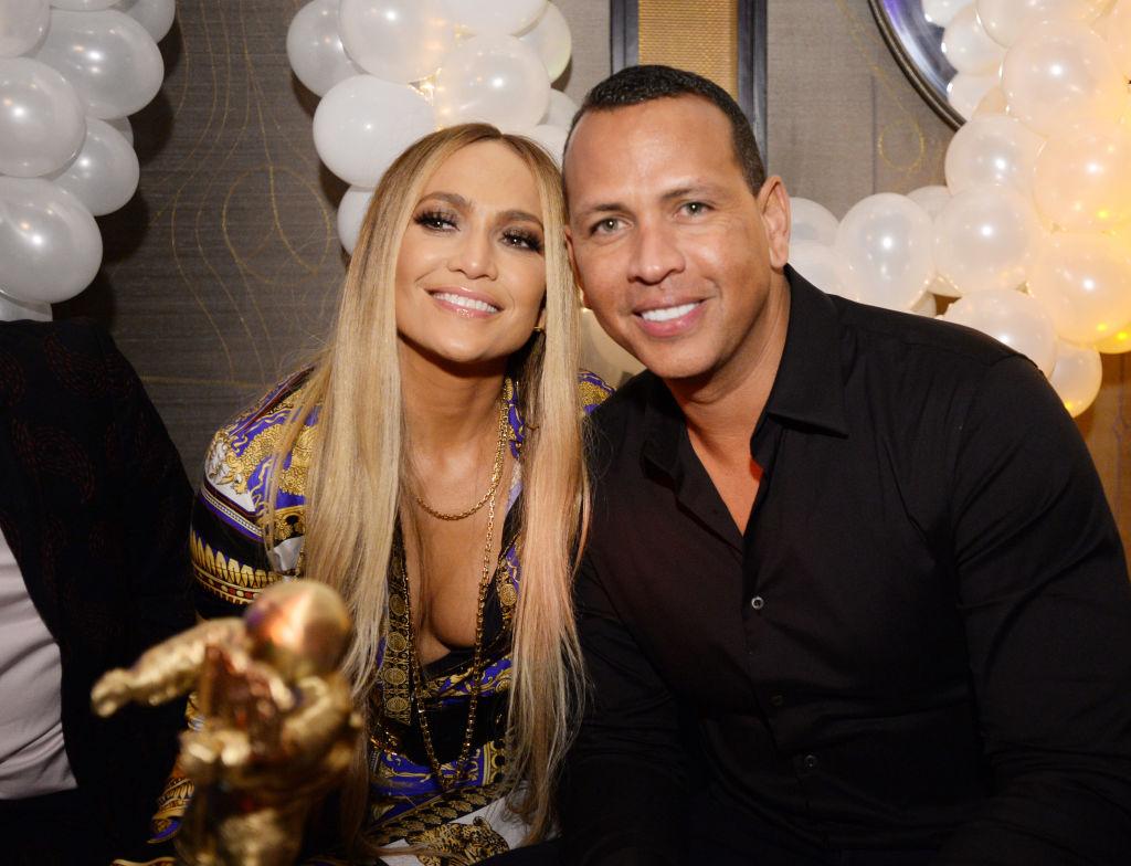 Jennifer Lopez și Alex Rodriguez la evenimentul JMTV VMA