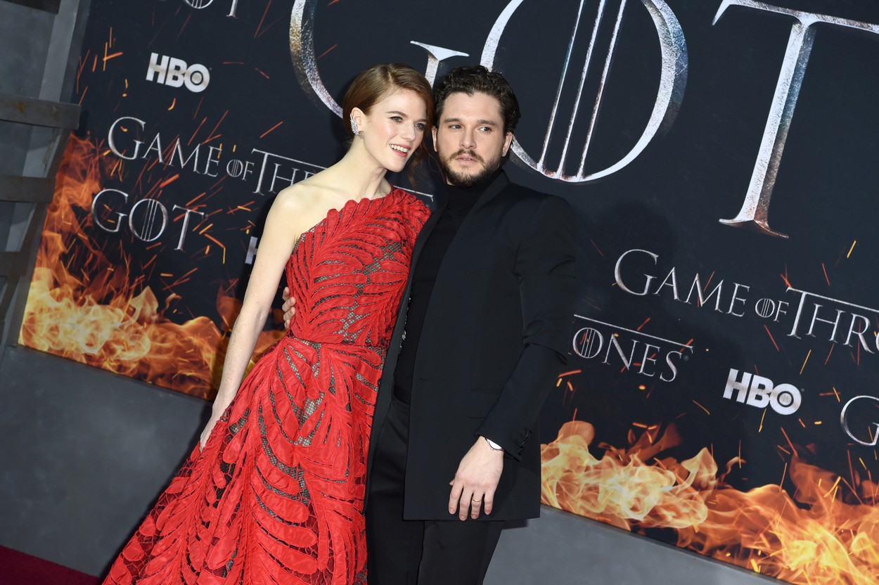 Kit Harington și Rose Leslie, la premiera sezonului 8 Game of Thronesla