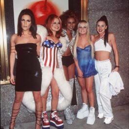 Fetele de la Spice Girls încălțate cu platformele Buffalo