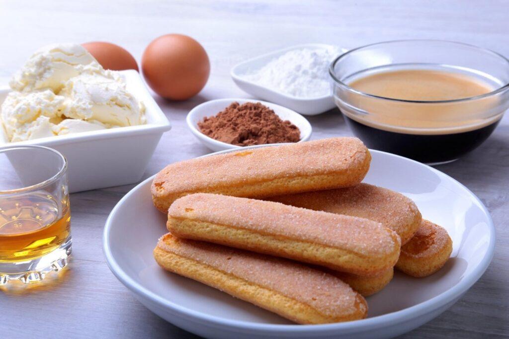 Ingrediente pentru Tort Tiramisu