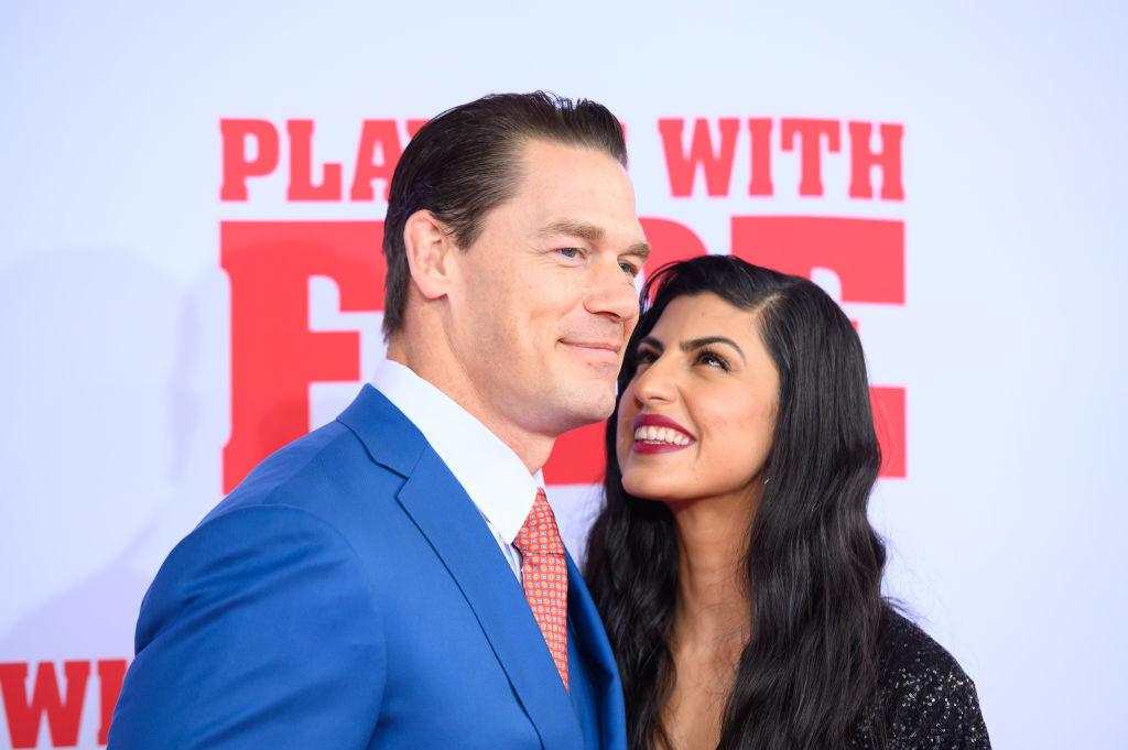 John Cena și soția sa, Shay Shariatzadeh, la premiera filmului Playing With Fire