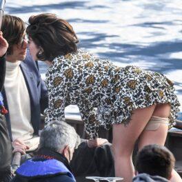 Lady Gaga, într-o rochie extrem de scurtă, pe platourile de la filmare de la House of Gucci
