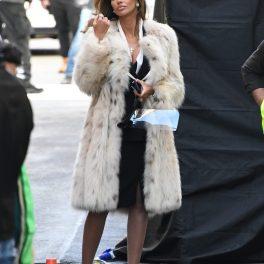 Mădălina Ghenea, îmbrăcată elegant, pe platourile de filmare de la House of Gucci