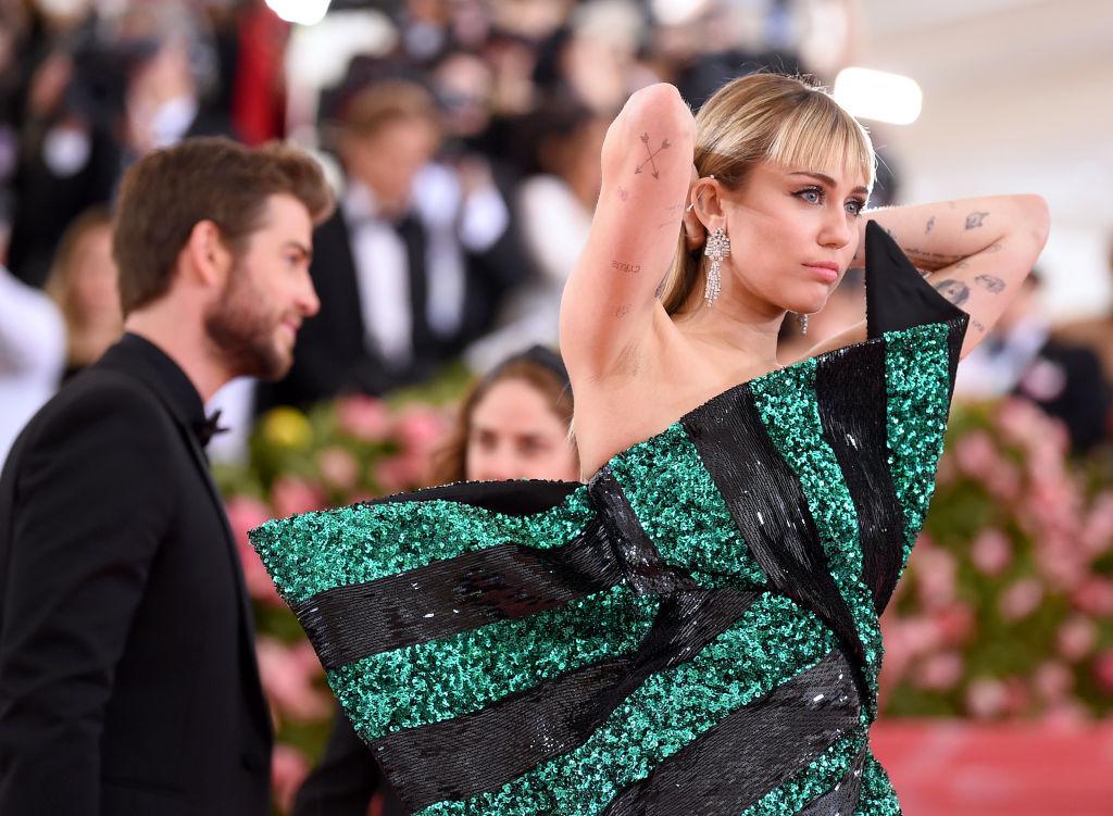 Miley Cyrus, într-o rochie superbă, la Met Gala în anul 2019