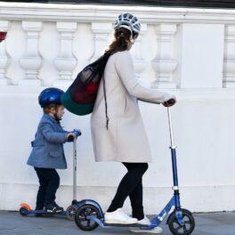 Pippa Middleton, îmbrăcată sport, la plimbare pe străzile din Londra