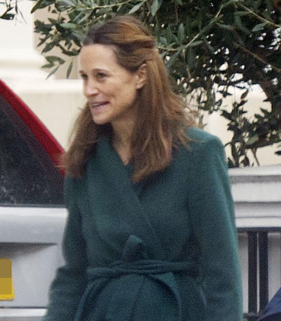 Prima apariție a Pippei Middleton după ce a născut, fotografiată în Londra