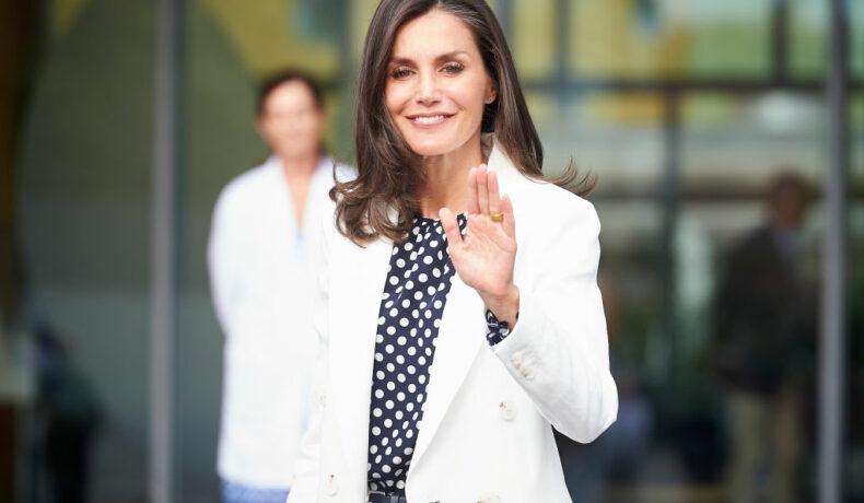 Regina Letizia, prezentă la spital, în vizită la Regele Juan Carlos, în anul 2019