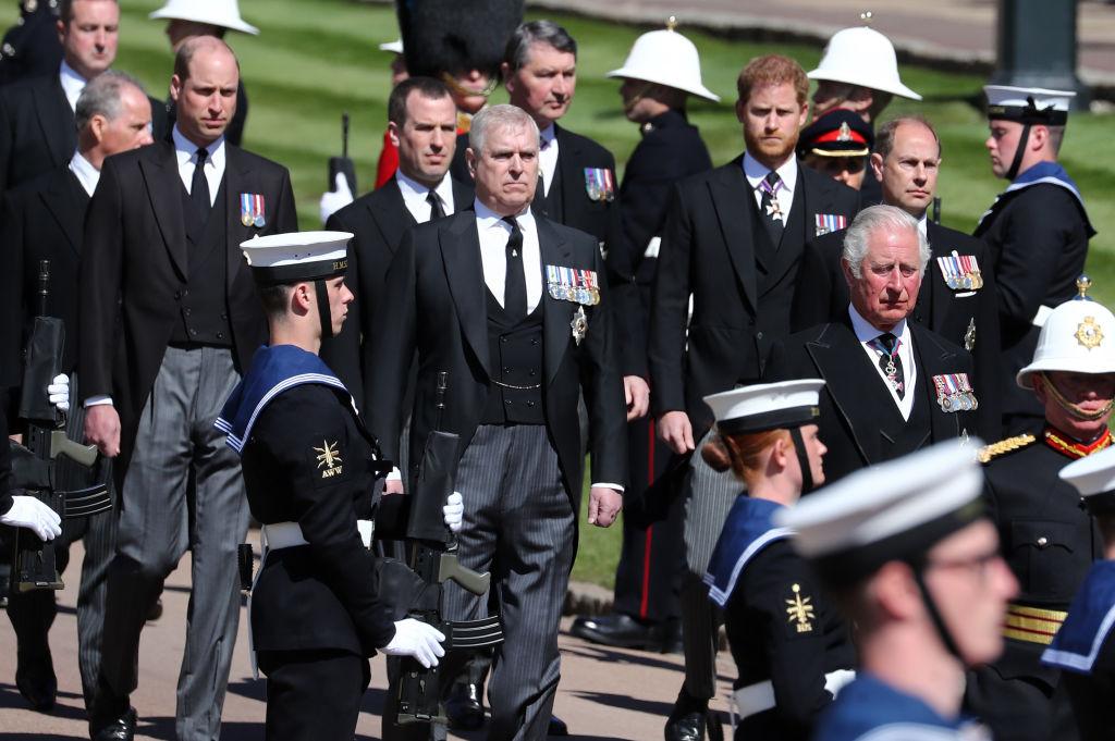 Prințul Charles, Prințul Andrew, Prințul Edward și Prințesa Anne, la ceremonia de înmormântare a Prințului Philip