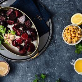 Ingrediente pentru rețeta de hummus cu sfeclă roșie
