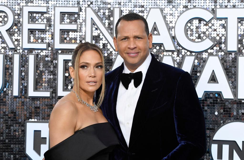 Jennifer Lopez și Alex Rodriguez la Screen ActorsGuild Awards, pe covorul roșu