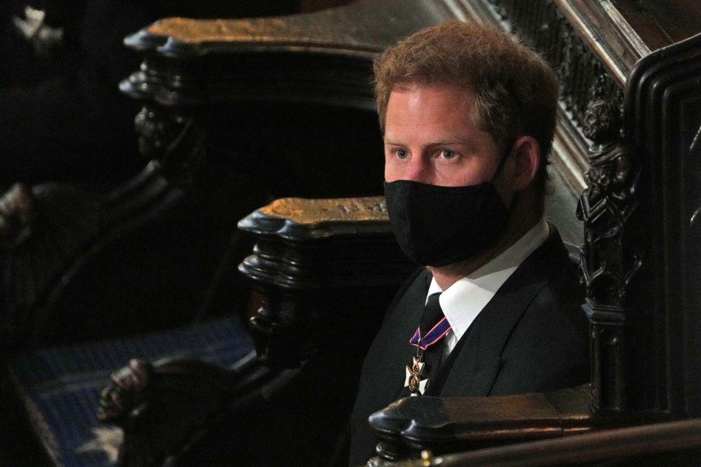Prințul Harry, la înmormântarea Prințului Philip, singur