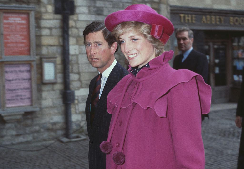 Prințesa Diana și Prințul Charles, împreună, fotografiați la Westminster Abbey