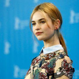 Lily James participă la cea de-a 65-a ediție a Festivalului de Film de la Berlin, 2015