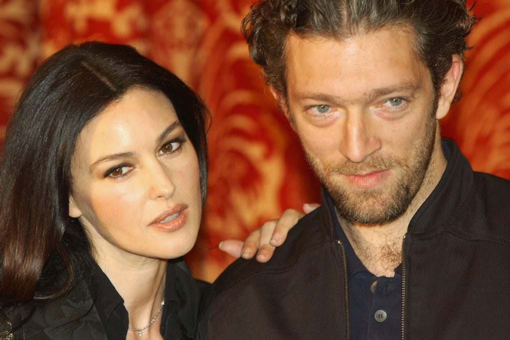 Monica Bellucci alături de soțul său Vincent Cassel la Roma în 2004