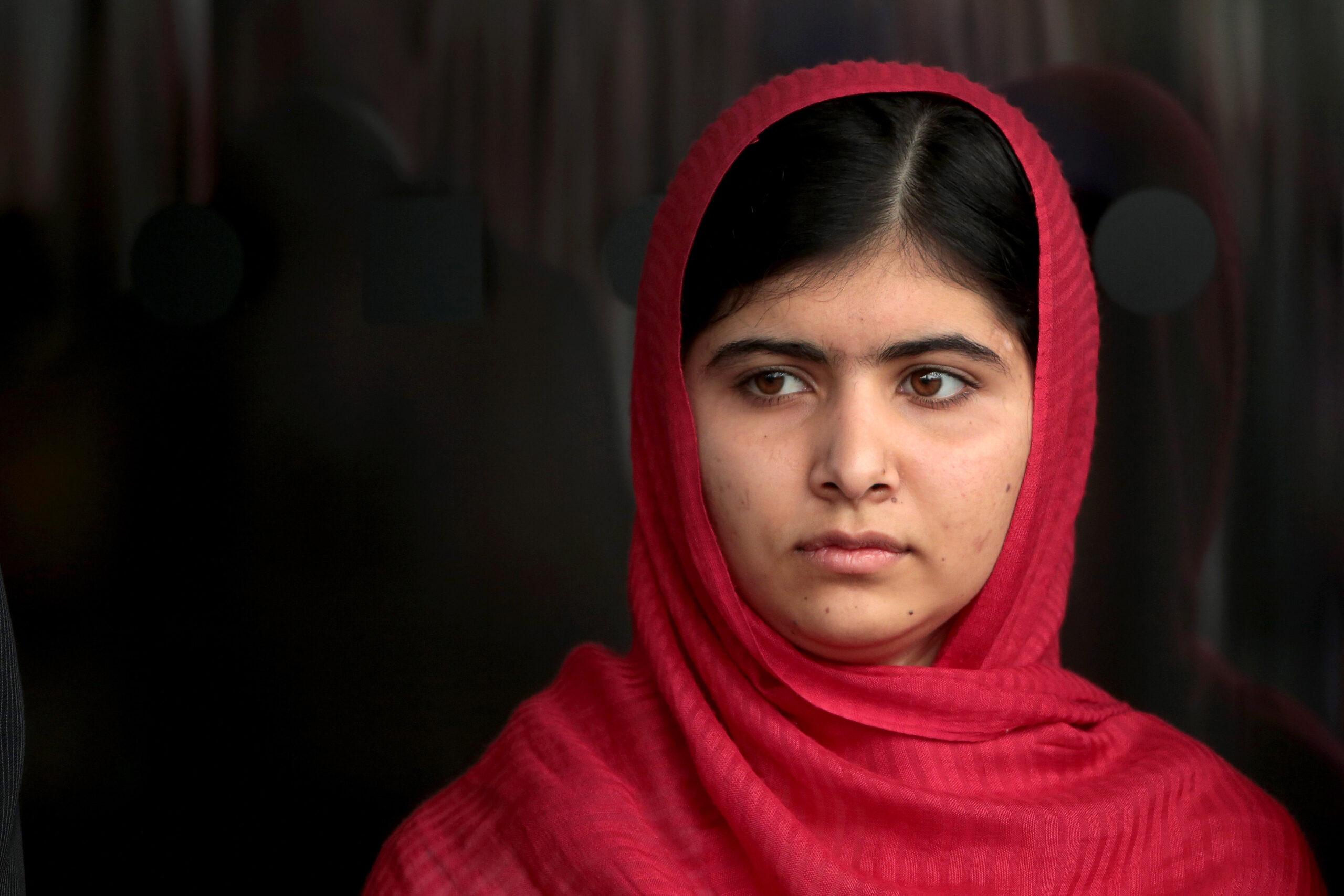 Malala Yousafzai ține un discurs la Biblioteca din Birmingham, în 2013