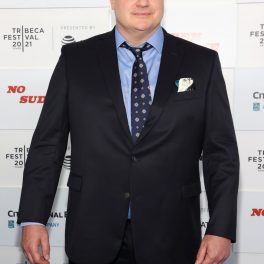 Brendan Fraser zâmbește fanilor, la Festivalul Tribeca 2021