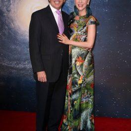 Edith Gonzalez și Lorenzo Lazo, pe covorul roșu, la un eveniment monden, împreună