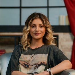 Elena Matei, zâmbitoare și optimistă, la interviul pentru CaTine.ro