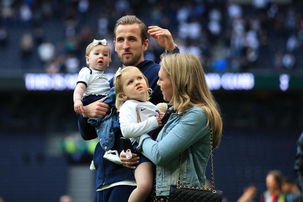 Harry Kane și soția sa, la meciul dintre Tottenham Hotspur v Everton FC, în Premier League, 2019