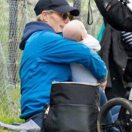 Zara Tindall și bebelușul ei, pentru prima dată la un eveniment public, în 2021, la un concurs de echitație