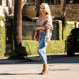 Madison LeCroy, fotografie pe stradă, îmbrăcată lejer, în 2019