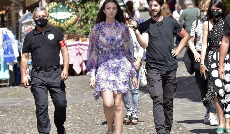 Deva Cassel, fiica Monicăi Bellucci, la o ședință foto în Portofino