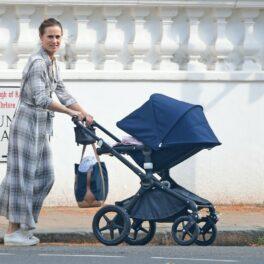 Pippa Middleton, la plimbare cu fiica sa, Grace, pe stradă în Londra