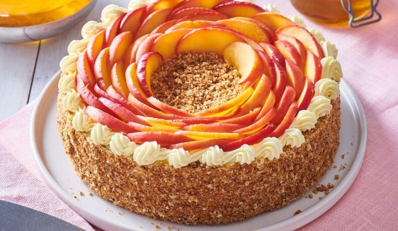 Tort rusesc cu miere decorat cu mere