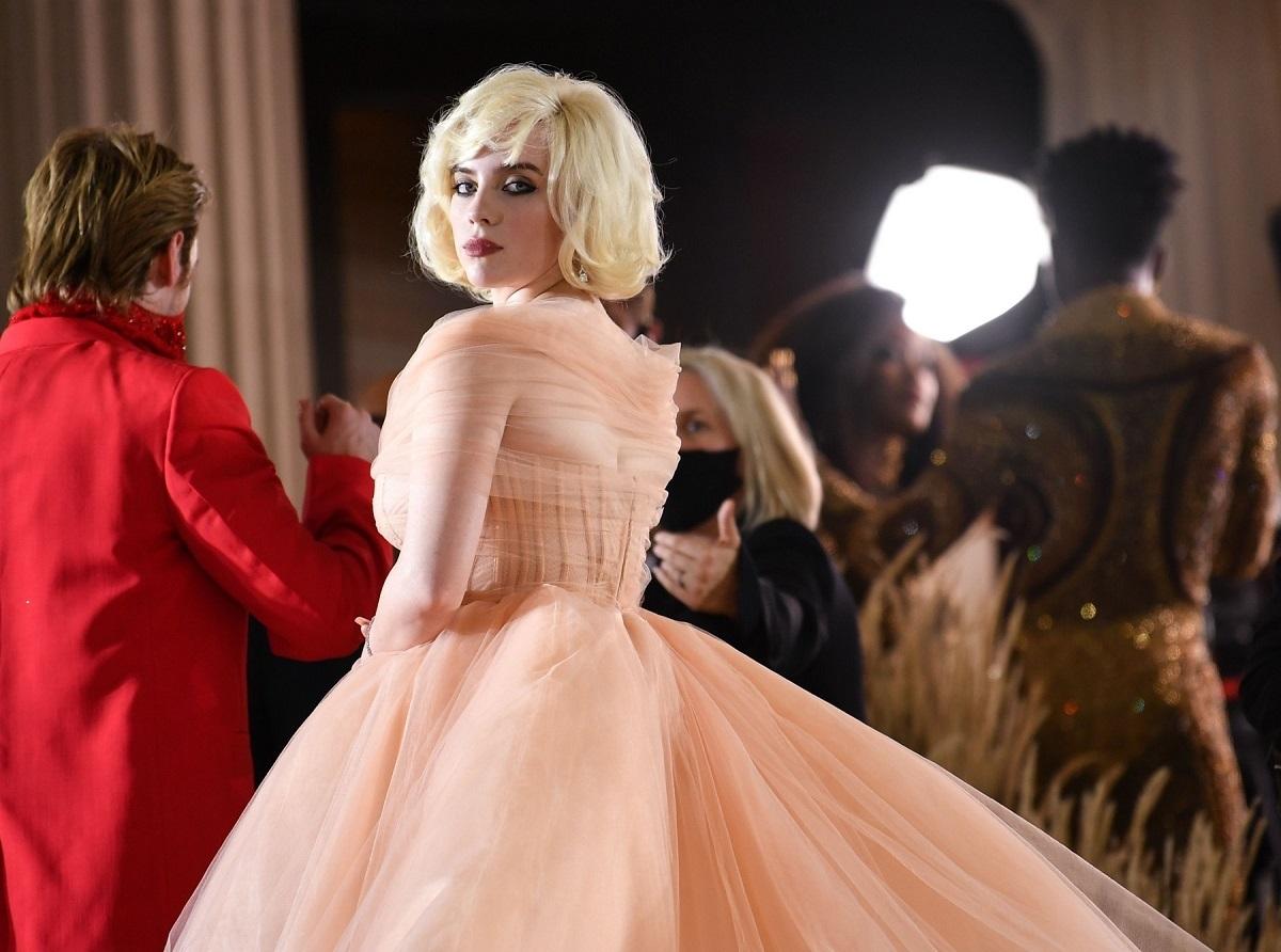 Billie Eilish a purtat o rochie care i-a pus în valoare silueta la Met Gala 2021