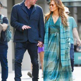 JLo și Ben Affleck, de mână la plimbare prin New York