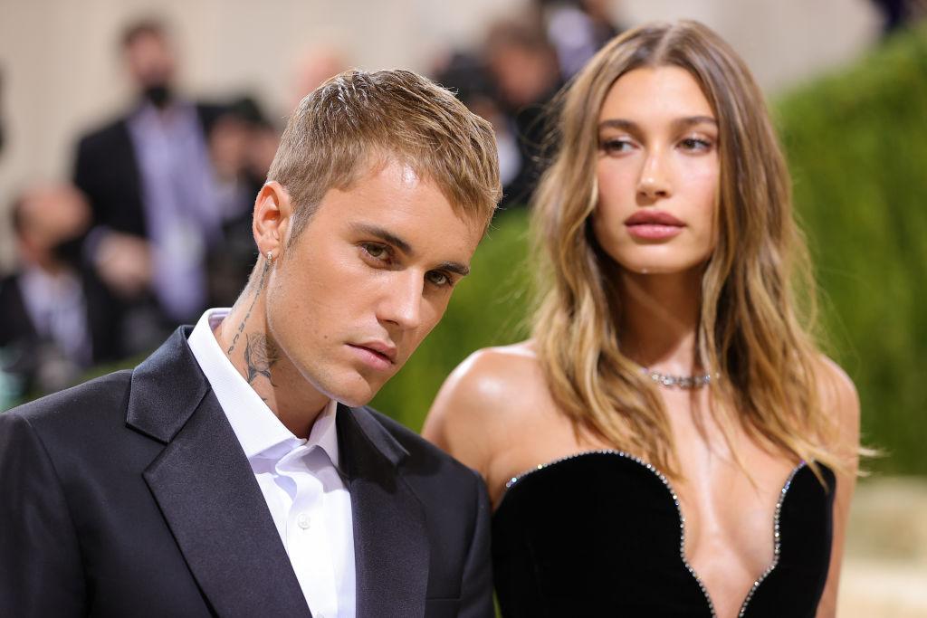 Justin Bieber și Hailey Baldwin, pe covorul roșu la Met Gala 2021