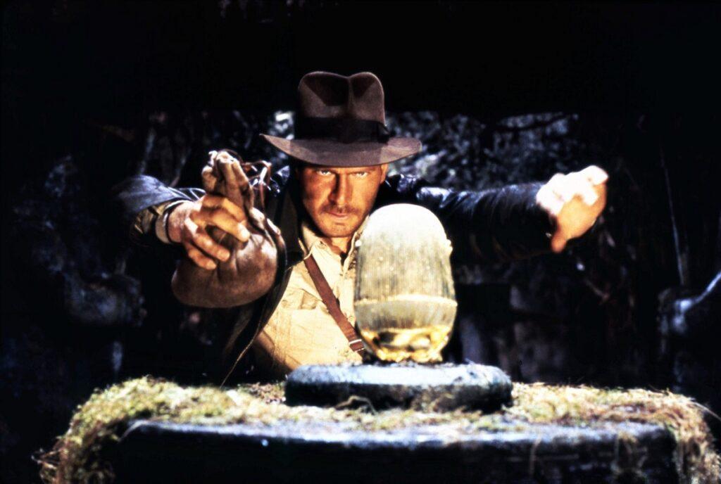 Scena de început din Raiders Of The Lost Ark. Indiana Jones încearcă să ia un artefact prețios dintr-un templu