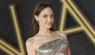 Angelina Jolie pe covorul la premiera filmului Eternals din Roma