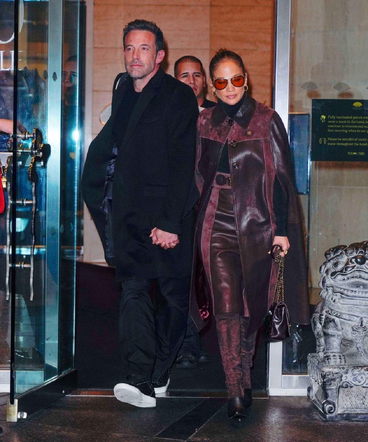 Jennifer Lopez de mână cu Ben Affleck la cumpărături în New York