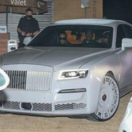Kim Kardashian și Kanye West, împreună în mașină, la un restaurant celebru din Malibu