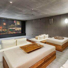 Sala de proiecții din casa pe care Justin Timberlake și Jessica Biel au scos-o la vânzare